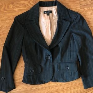 Bebe blazer with embroidery size 4